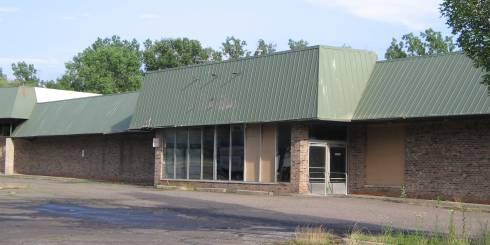 [creepy, abandoned A&P in Northville Michigan]